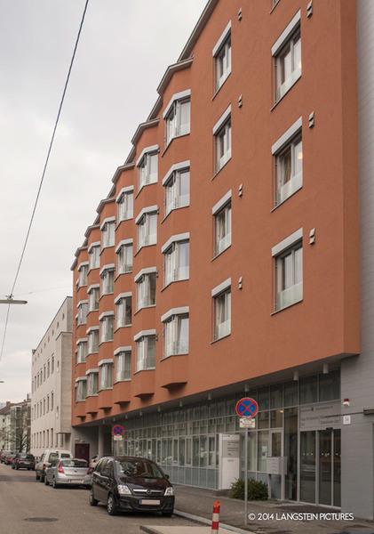 SO Hf S Linz rdax 421x600
